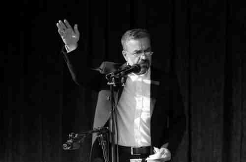 Mahmoud Karimi Shahidam دانلود نوحه شهیدم کاکلش در خون غلطونه از محمود کریمی
