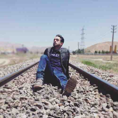 Amir Yeganeh In Avalin Bare دانلود آهنگ امیر یگانه این اولین باره