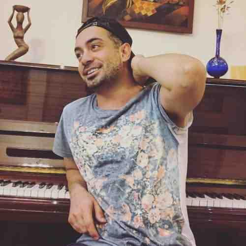 Amir Yeganeh Khoshbakhti Nazdike دانلود آهنگ امیر یگانه خوشبختی نزدیکه