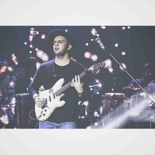 Farshid Adhami Ashegham دانلود آهنگ فرشید ادهمی عاشقتم