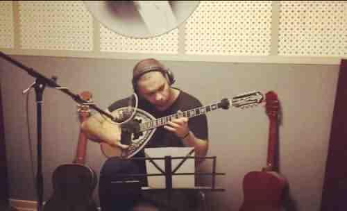 Farshid Adhami Ba Ham Doostim دانلود آهنگ خیلی خوشحالم با هم دوستیم فرشید ادهمی