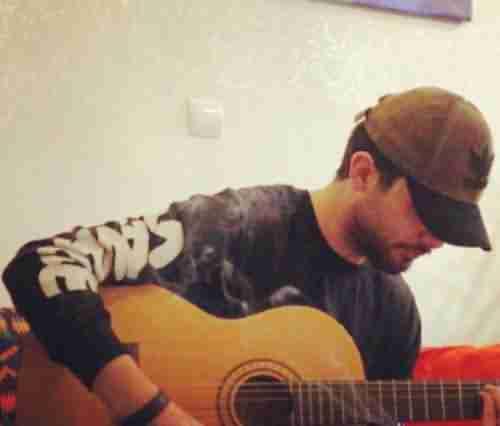 Sina Parsian Hamsayeh دانلود آهنگ همسایه ی دیوار به دیوارم سینا پارسیان