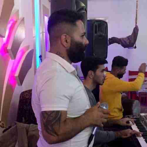 Mohammad Esmali Harki Dare Shise Dare Live Version دانلود آهنگ محمد اسمعلی هر کی دره شیسه دره (اجرای زنده)