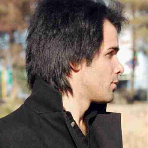 Komeil Yeganeh Bi Manteghi دانلود آهنگ کمیل یگانه بی منطقی