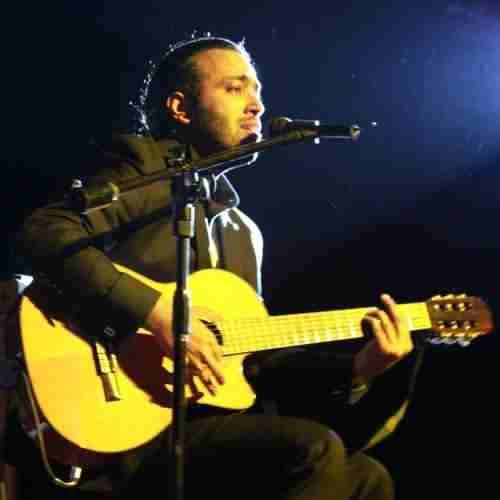 Mohsen Yahaghi Harchi Eshghe Toye Donya Man Mikhastam Male Ma She دانلود آهنگ هر چی عشقه توی دنیا من می خواستم مال ما شه محسن یاحقی