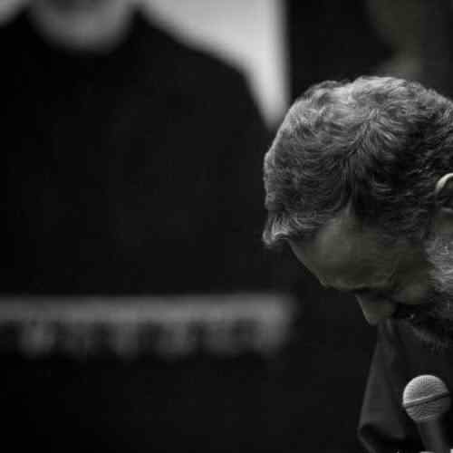 Mahmoud Karimi Teshne Bodi دانلود نوحه تشنه بودی بوی آب میرسید از علقمه از محمود کریمی