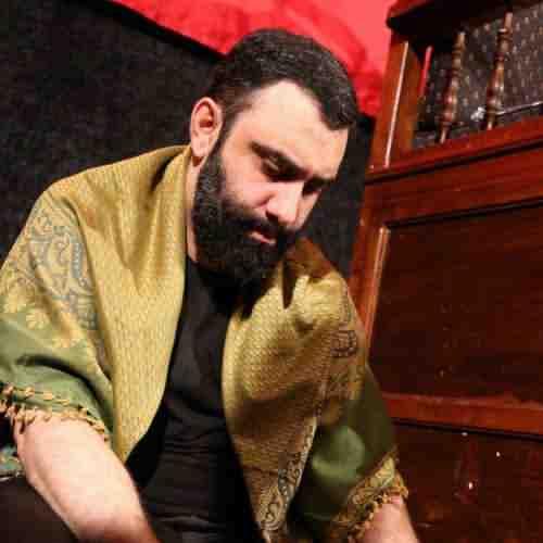 Javad Moghaddam Ghorbone Esmet Hossein Cheghade Del Mibare دانلود نوحه قربون اسمت حسین چقده دل میبره از جواد مقدم