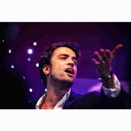 Benyamin Bahadori Asheghi Ba To دانلود آهنگ دنیای من تویی تمومه لحظه هاتو